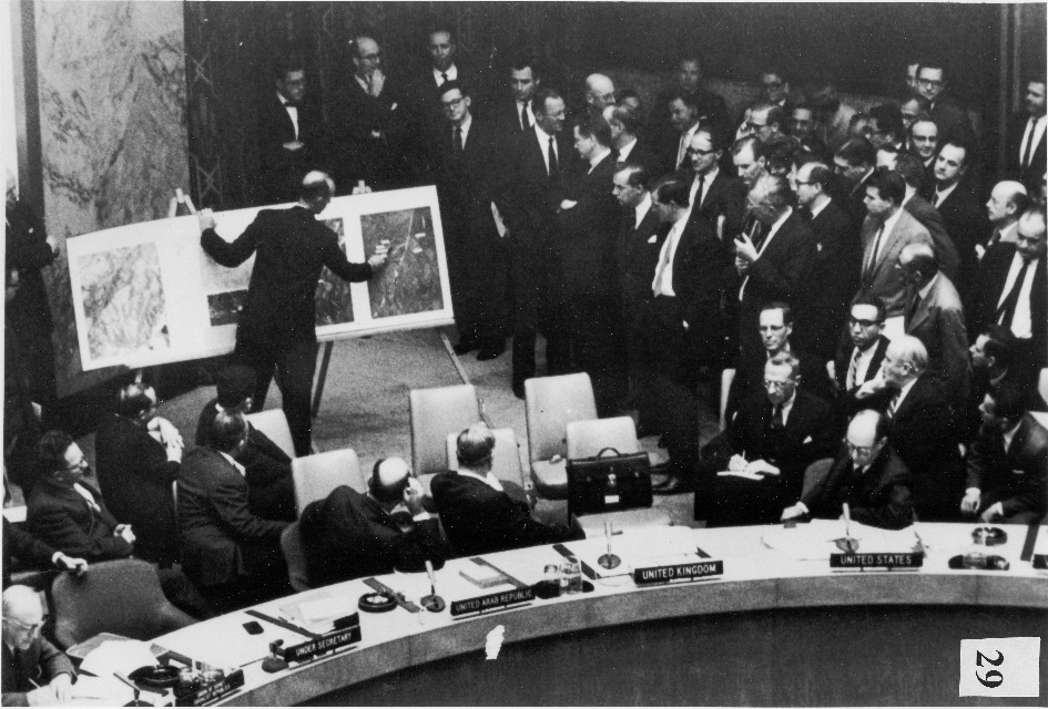 cuban missile crisis and united states The cuban missile crisis of october 1962 was a direct and dangerous confrontation between the united states and the soviet union during the cold war and was the.