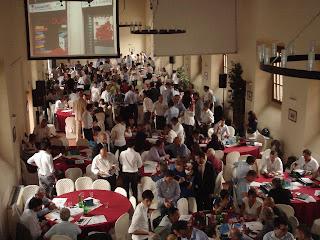 Eventi, meeting, tavola rotonda, dibattiti, incontri moneta complementare