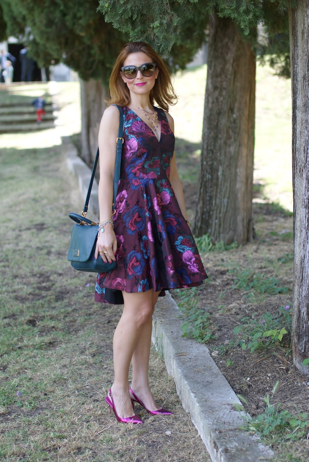Asos jacquard floral dress on Fashion and Cookies fashion blog, fashion blogger style
