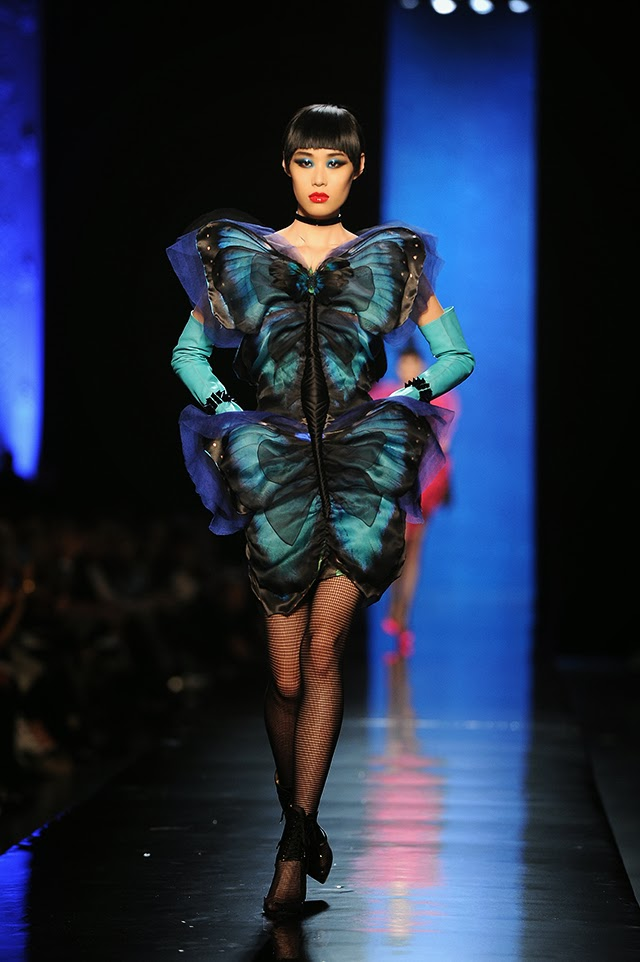 Dita Von Teese Rocks Jean Paul Gaultiers Couture Show In Paris photo 4