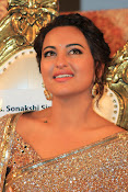 Sonakshi Sinha at Lingaa Audio-thumbnail-13