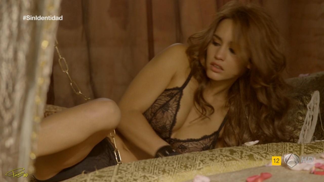 Megan mullally falsas fotos desnudas