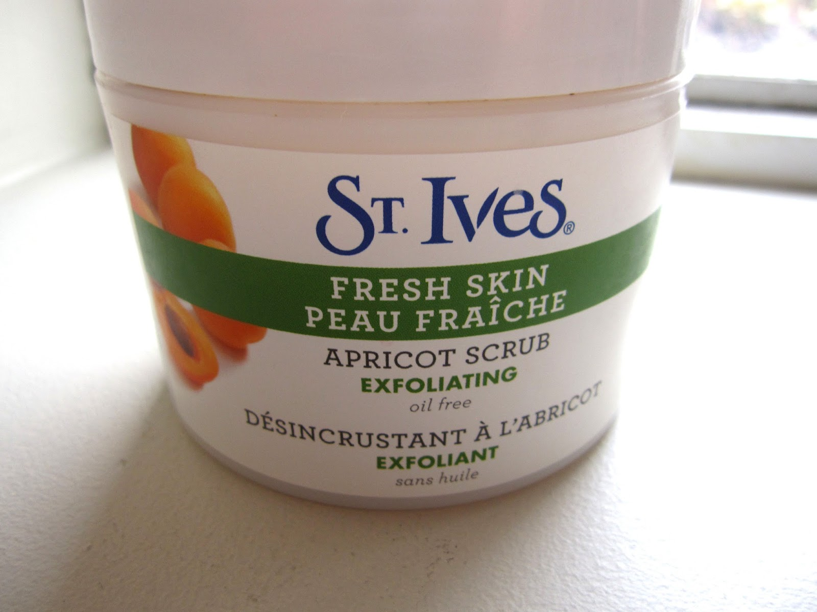 St. Ives Fresh Skin Apricot Scrub review