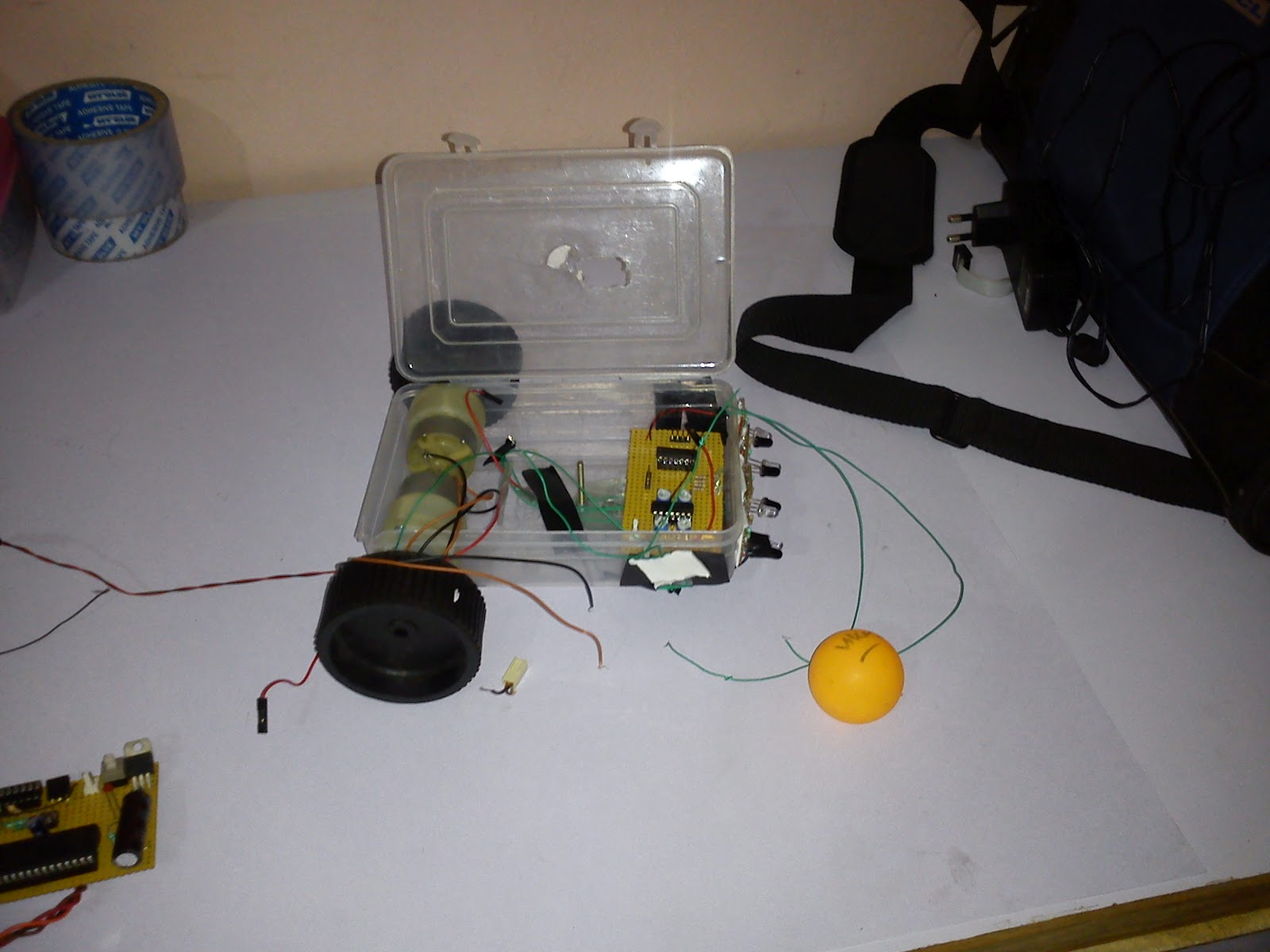 Electronics Projects And Details Ball Follower Robot Ir Sensor Very Popular Images Electronic A Is Good Application Of Embedded System Robotic New Student Can Make This Intelligent