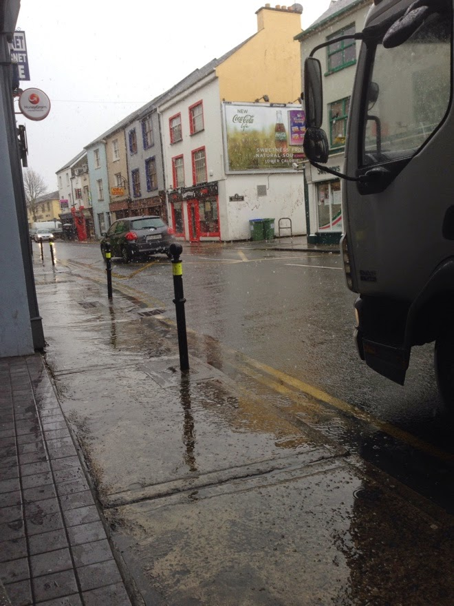 A photo of the snow in Tralee