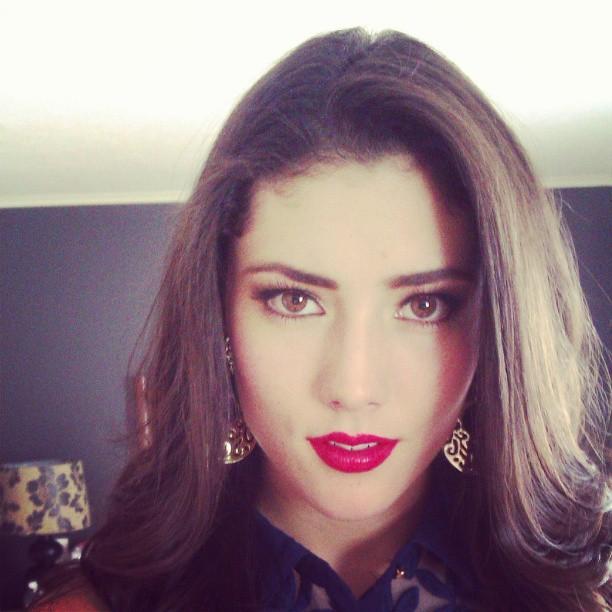 Fotos de la sexy, sensual y hermosa conductora Daniela Álvarez | Ximinia