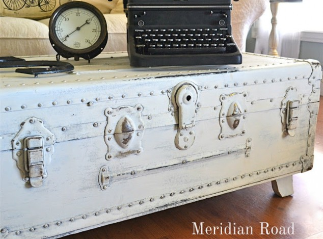 Dear Marleigh DiY Chalk Paint & Steamer Trunk Redo