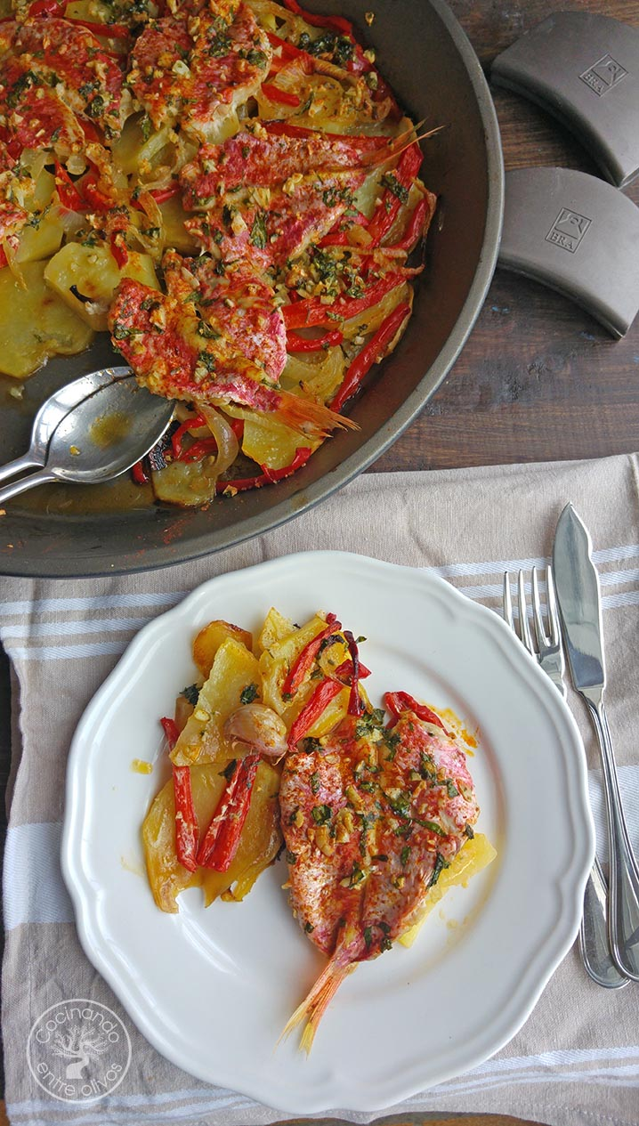 C mo hacer salmonetes al horno paso a paso cocinando - Como cocinar pescado al horno ...