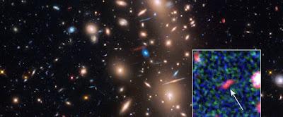 Astrônomos capturam em foto uma das galáxias mais antigas do Universo