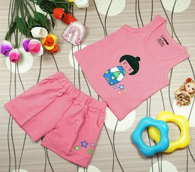 Bộ áo quần in hình cô gái Nhật màu sen dành cho bé