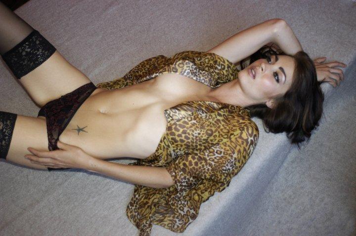 Tanit phoenix sexy photos