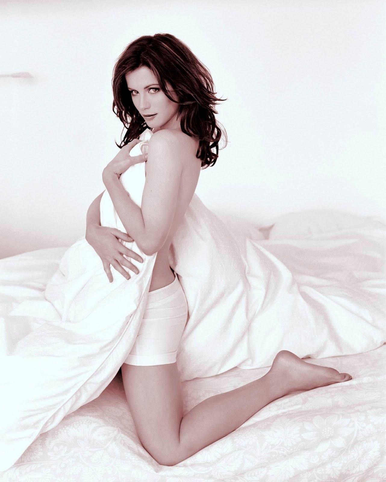 http://4.bp.blogspot.com/-VHyxOt5bcd8/Txb-8KfzinI/AAAAAAAAAlc/xXkkKCRASUo/s1600/Kate-Beckinsale-Black-White-hot-2012-02.jpg