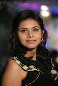 Prachi Dazzling photo shoot gallery-thumbnail-17