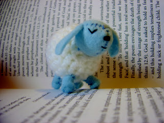 little crochet sheep lamb 1