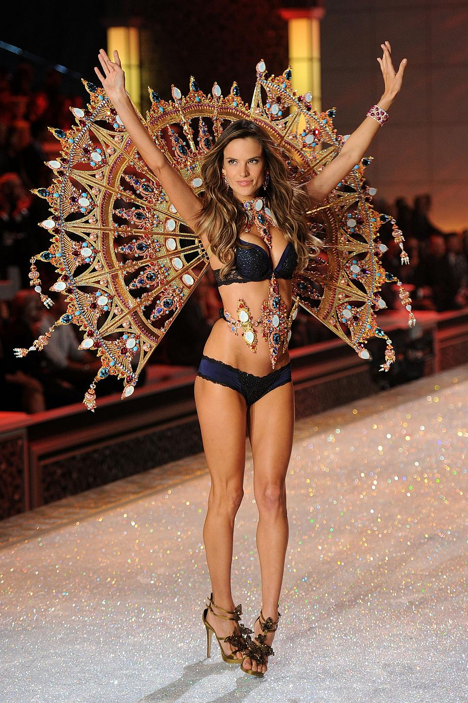 Victoria secrets fashion show pictures 8
