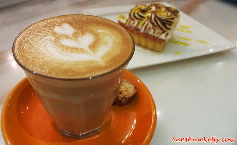 Piccolo, Lemon Meringue Pie, Baci Italian Cafe, Citta Mall, Italian Cafe, Coffee, Cafe Food, Italian Food