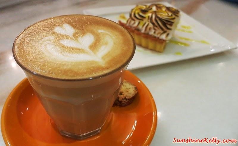 Piccolo, Lemon Meringue Pie, Baci Italian Cafe, Citta Mall, Italian Cafe, Coffee, Cafe Food, Italian Food
