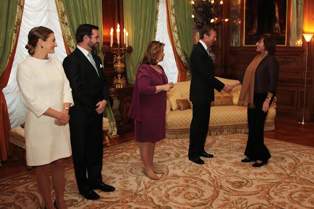 Grande-Duchesse Héritière reçoivent successivement en audience au Palais grand-ducal, les différents corps constitués de l'Etat; nommément les membres du Bureau de la Chambre des députés, le Premier ministre, Xavier Bettel