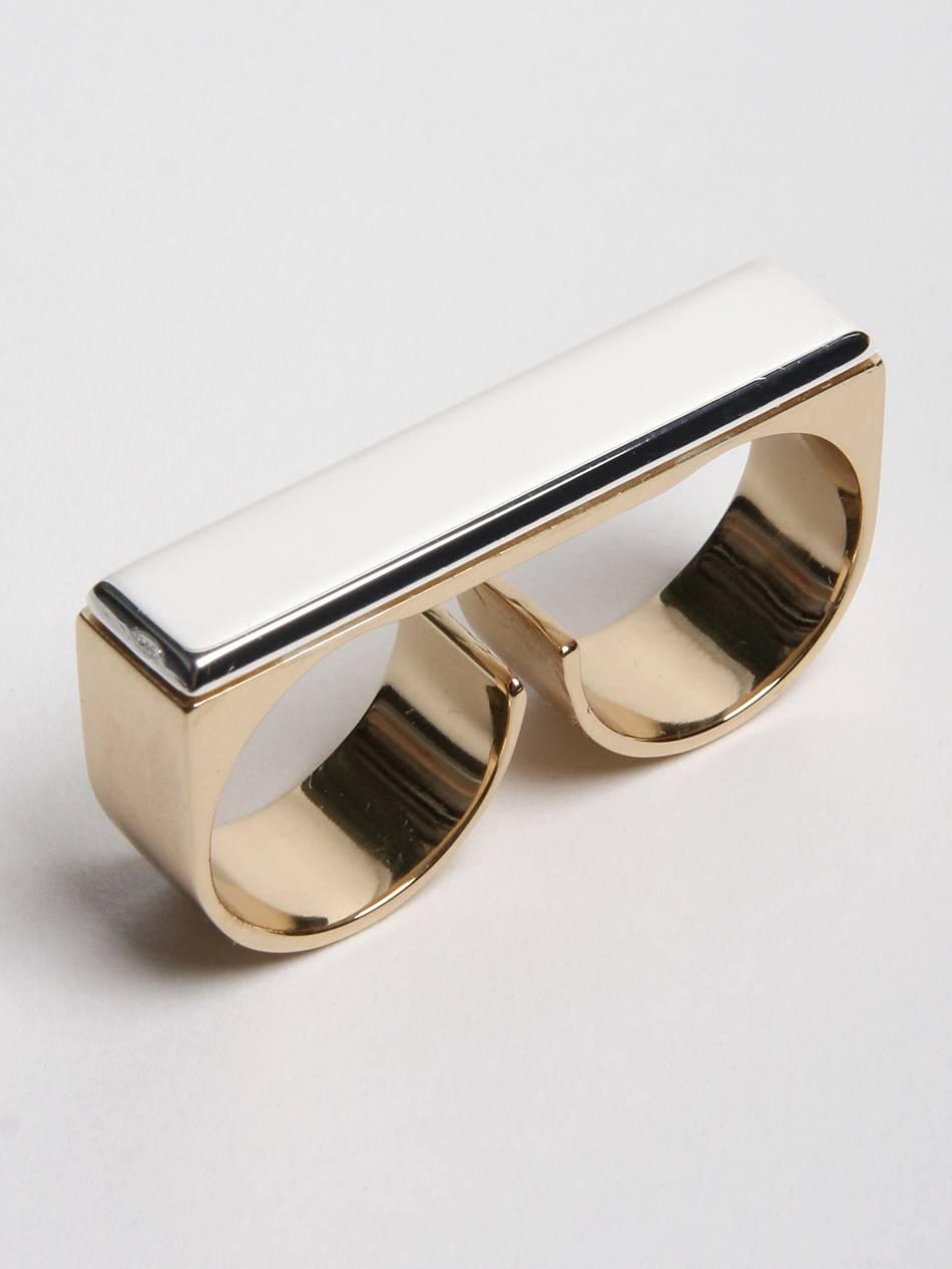 Gold Finger Ring Photos