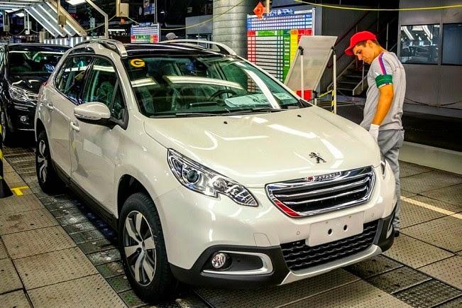 Peugeot 2008 começa a ser produzido em série no Brasil