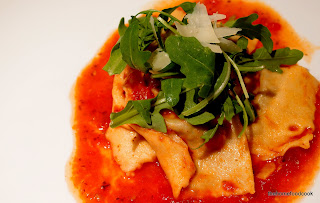thehomefoodcook - ravioli & rocket served