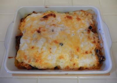 Thanksgiving%2BLazy%2BChili%2BRellano%2BCasserole%2BRecipe%2B4 Weight Loss Recipes Thanksgiving Leftovers Transformed: Lazy Chili Rellano Casserole