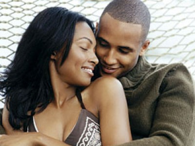 black couple in love e1312344839290 Why Russian Females Are Interested in Black Men