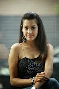 Diksha Panth Glamorous photos-thumbnail-7