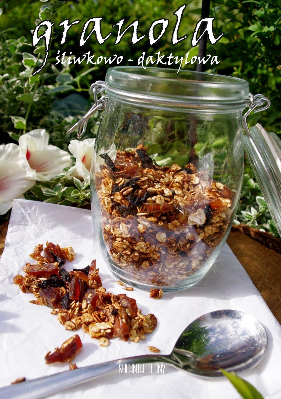 granola śliwkowo daktylowa, granola, musli, śniadanie, przekąska, kuchnia ilony, granola przepis