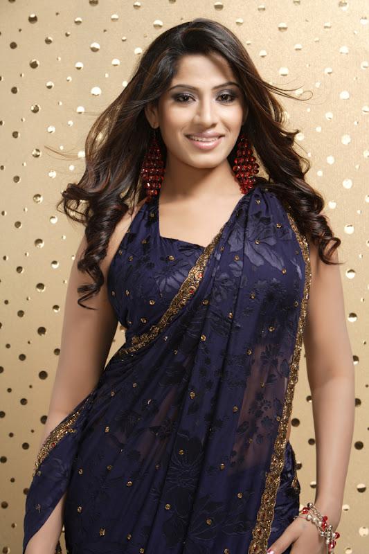 Actress Meenal Stills Gallery wallpapers