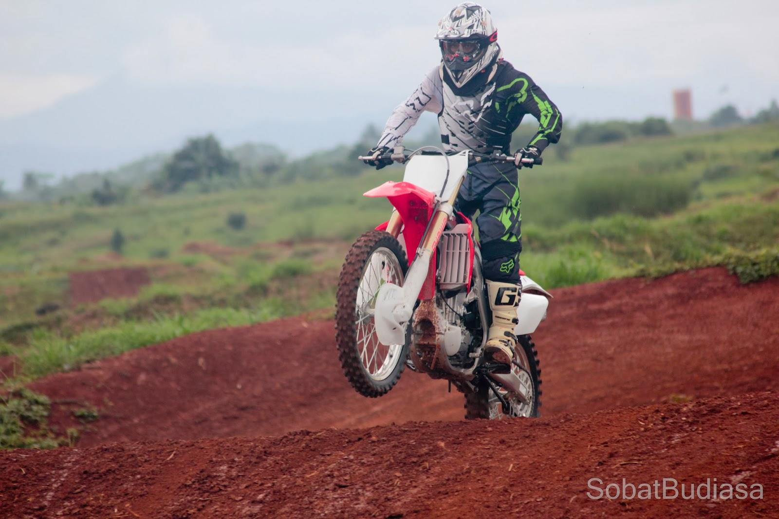 moto cross BSD
