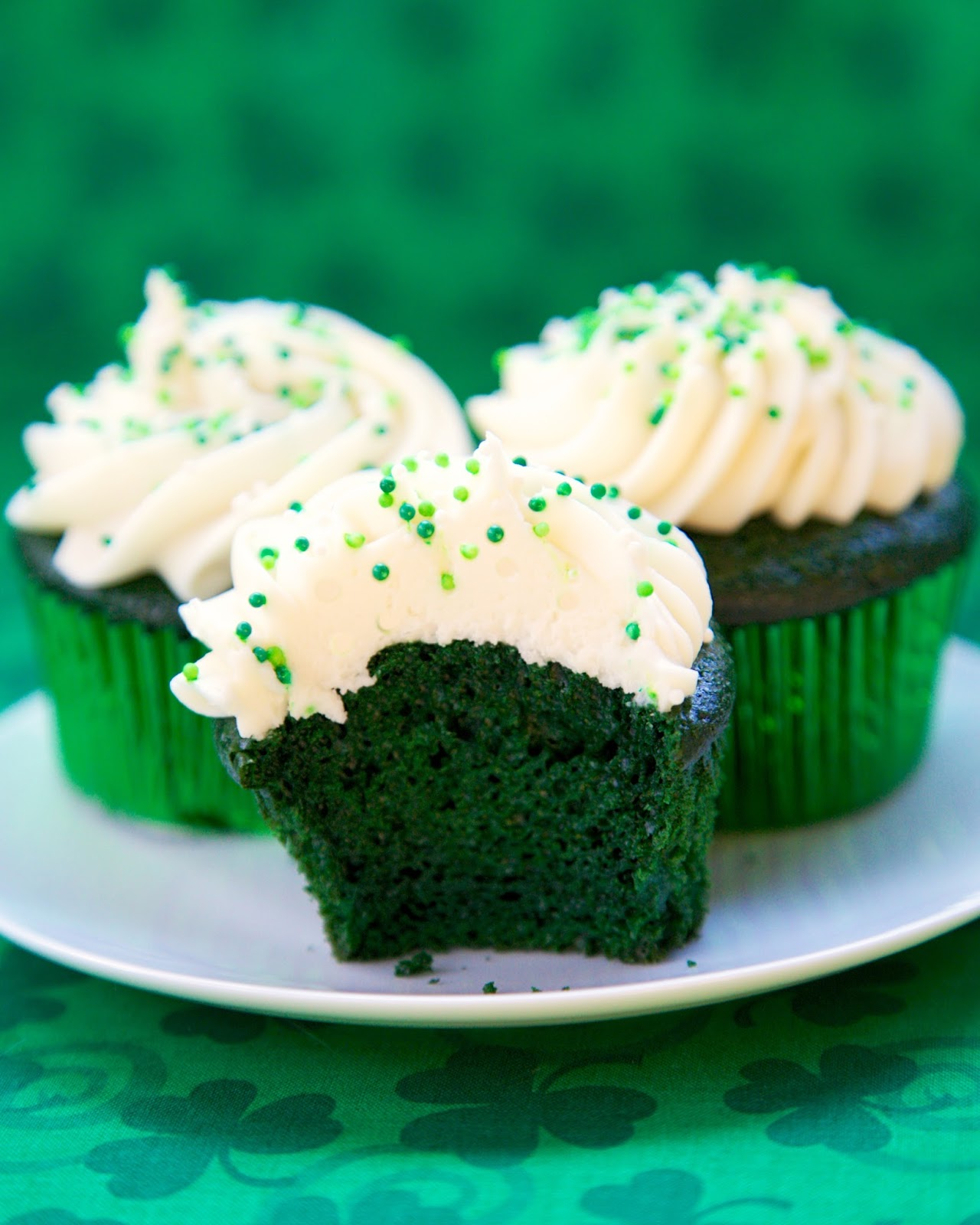 Green Velvet Cupcakes With Cream Cheese Frosting Plain