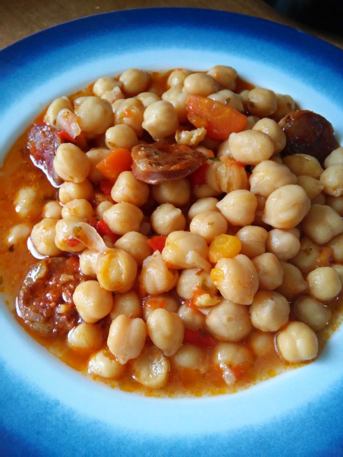 Chorizo a la olla cocinar en casa es for Cocinar garbanzos con chorizo
