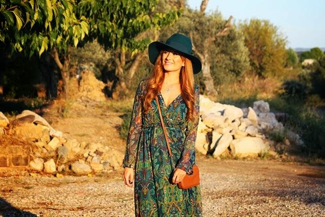 boho_chic-vestido_largo-fedora