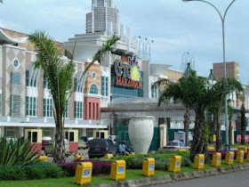 Gemstone Market Makassar