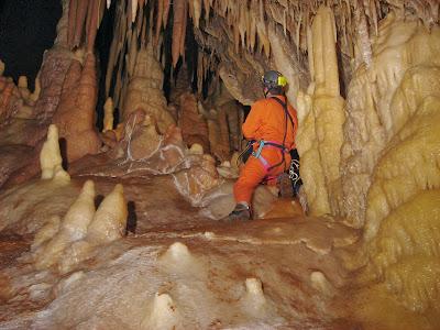 Σπήλαιο Κωνωπίνας: Στον αστερισμό της ελπίδας !