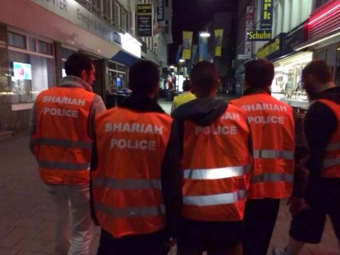 Policiais da Sharia (lei islâmica) vigiam ruas na Alemanha