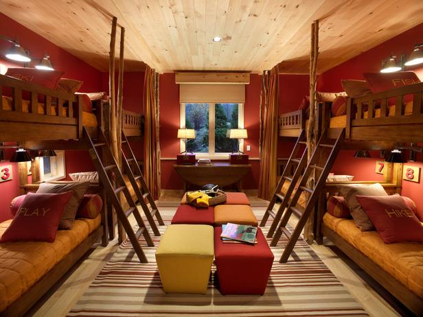 Lil Hoot Night Owls Ski House Edition