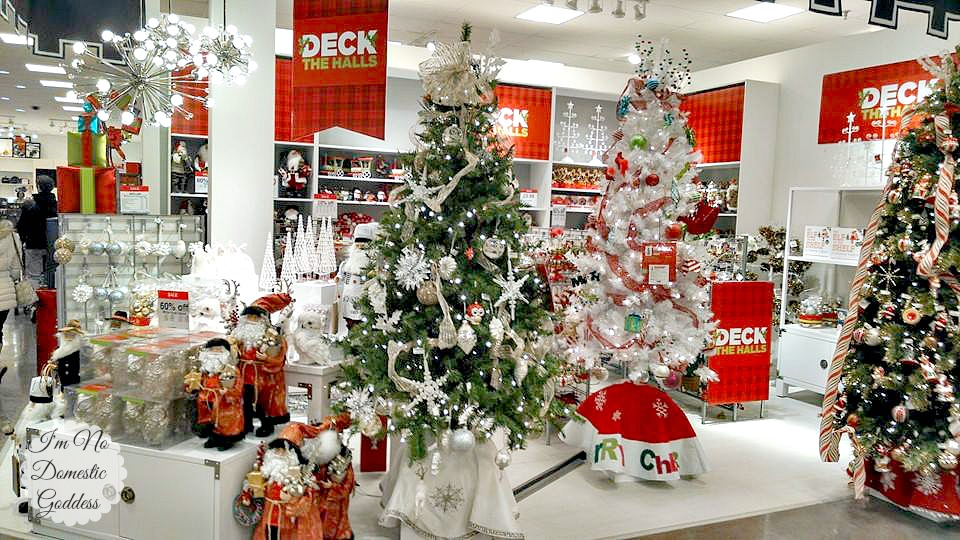 Twelve Oaks Mall Holiday Shopping and Family Fun ~ I'm No Domestic ...