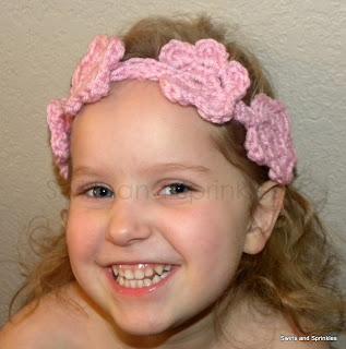 Swirls and Sprinkles: Free crochet flower headband pattern