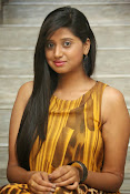 Actress Shalini latest glam pics-thumbnail-18