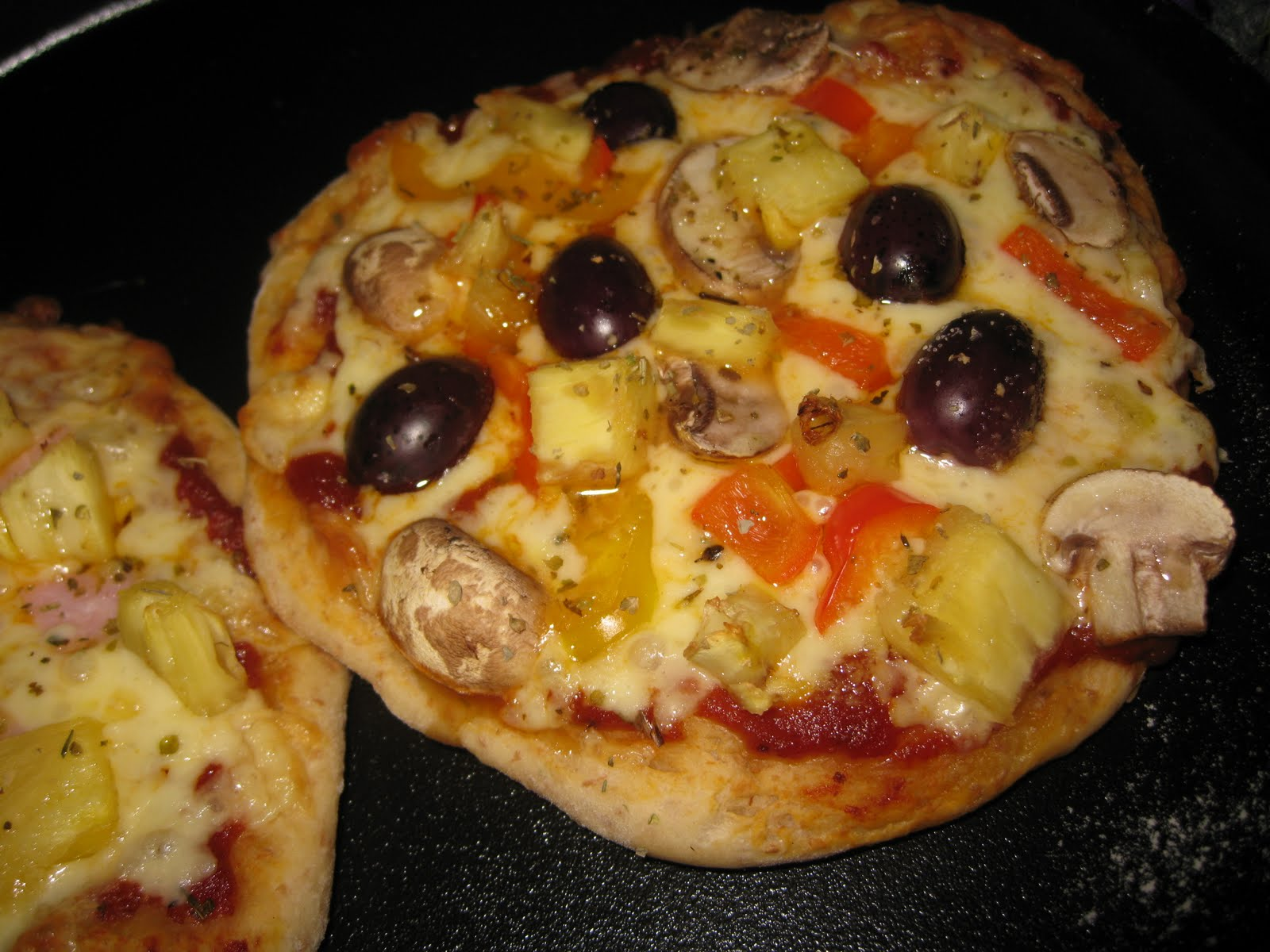 Pizza, the Italian Way | Kathryn\'s Foodies Channel