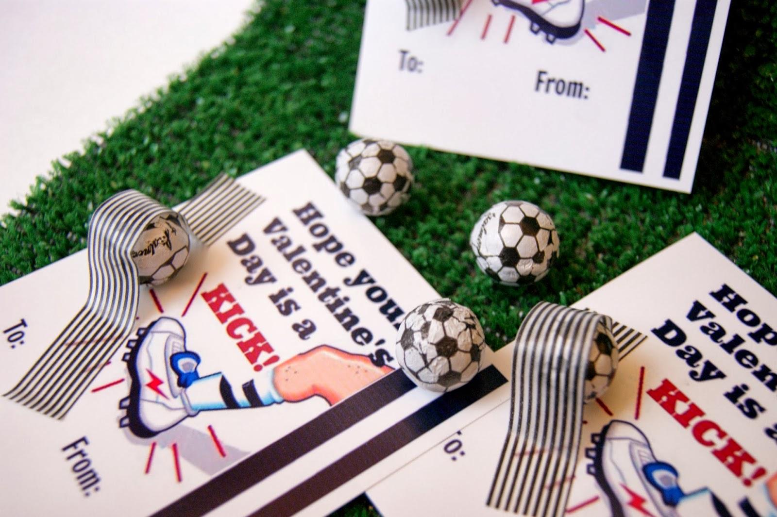 Valentines For Boys   Printable Soccer Valentines