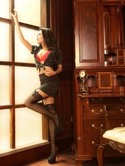 Model Seksi Julie Octha