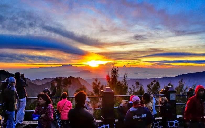 Tips Berburu Sunrise di Wisata Gunung Bromo