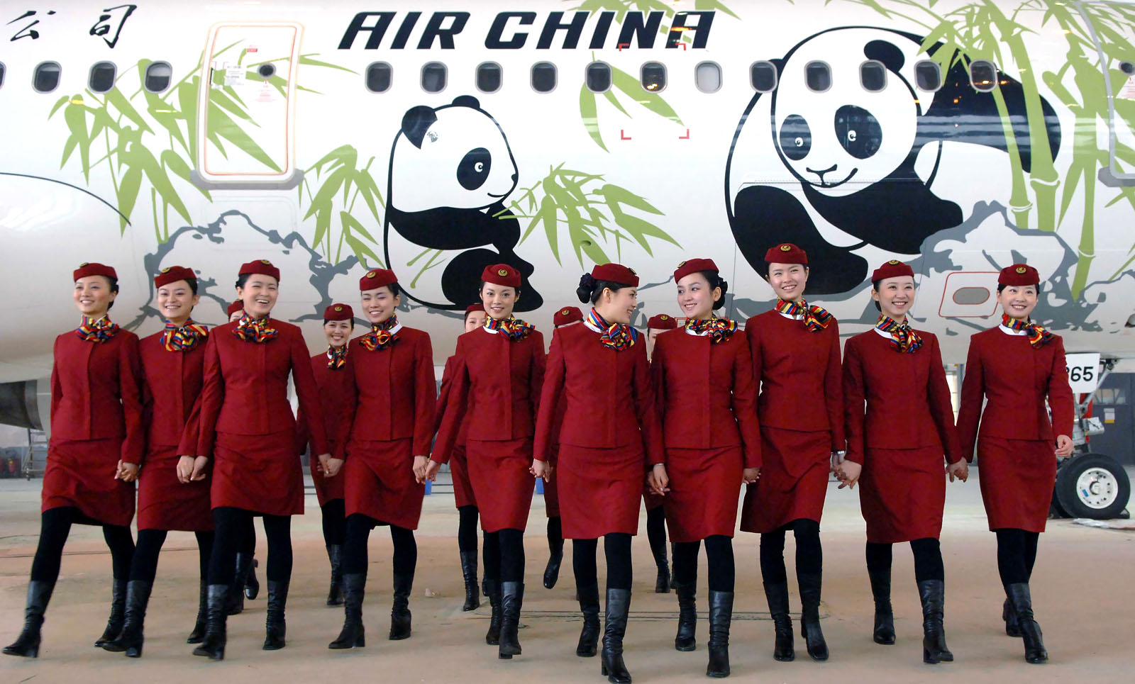 A chinese airline stewardess loves 3p 7