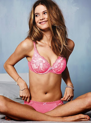 Babe Of The Day - Behati Prinsloo