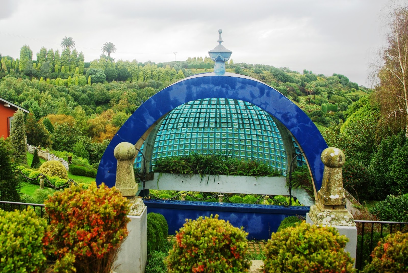 Asturias para disfrutar jardines de la fonte baixa for Ver jardines