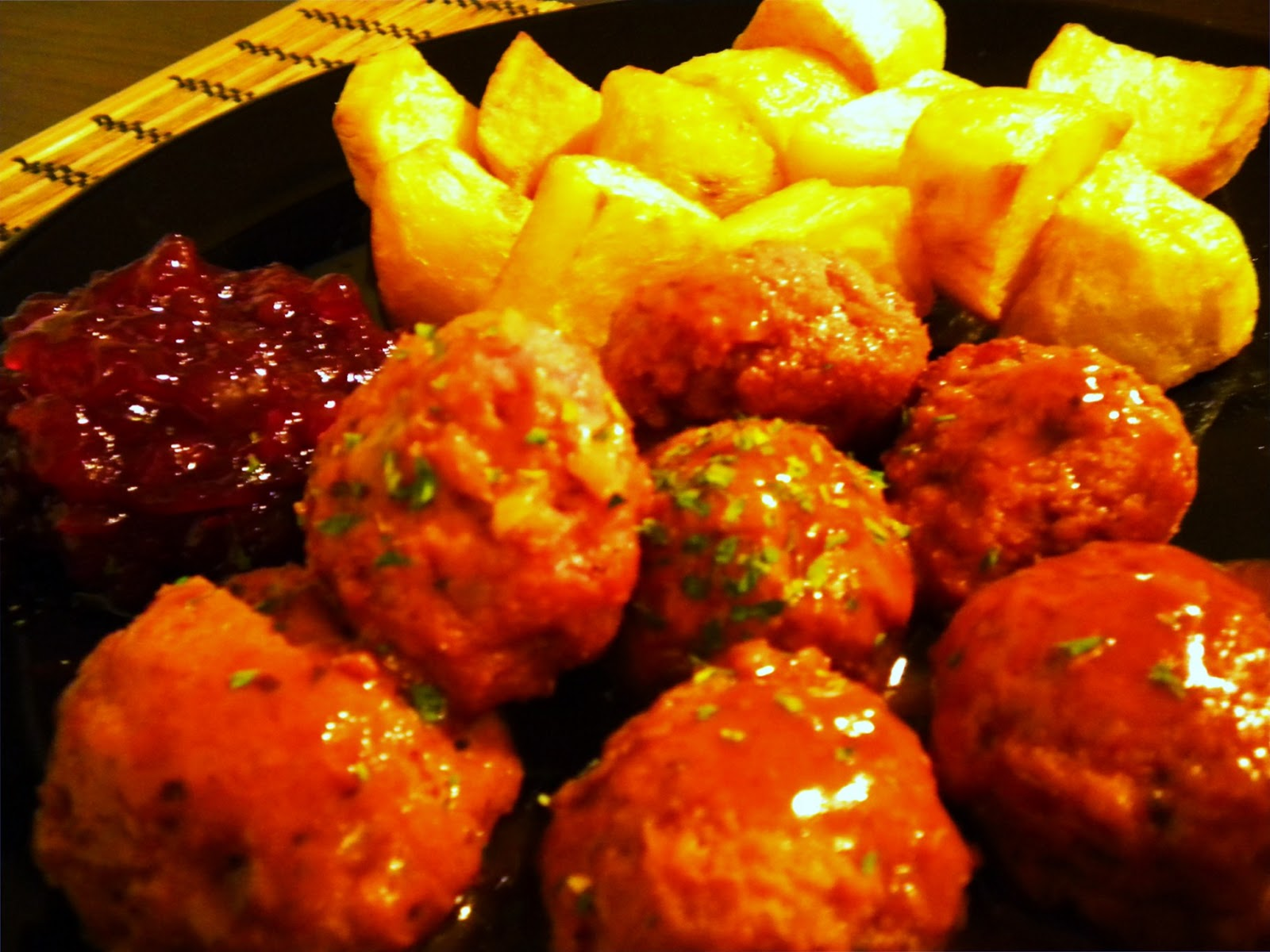 swedish meatballs my way swedish meatballs my way juicy and moist mmmm ...