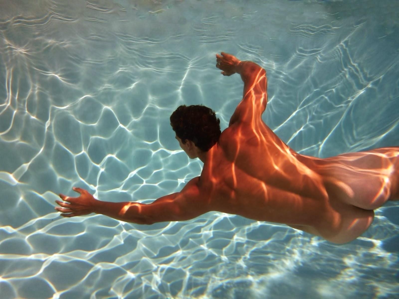 boy tumblr nudis underwater Naked men underwater
